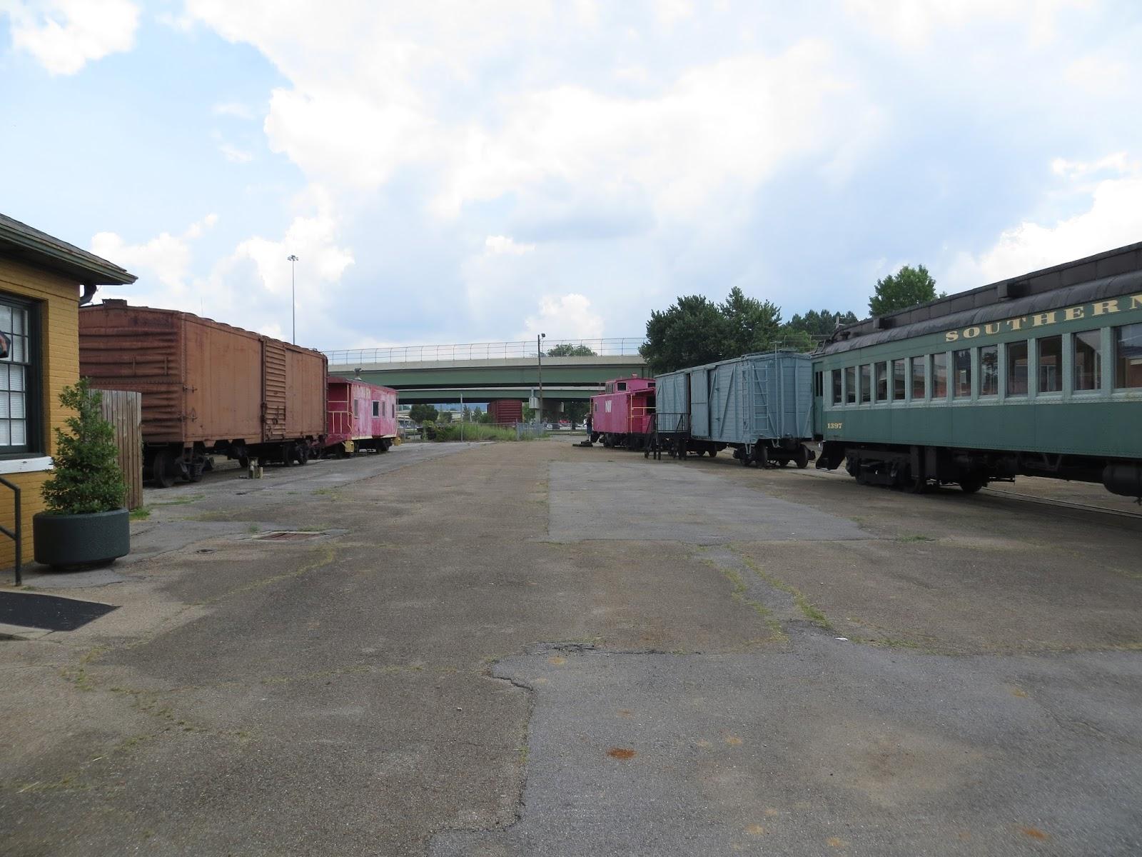 sweet meanderings historic train depot in huntsville alabama. Black Bedroom Furniture Sets. Home Design Ideas