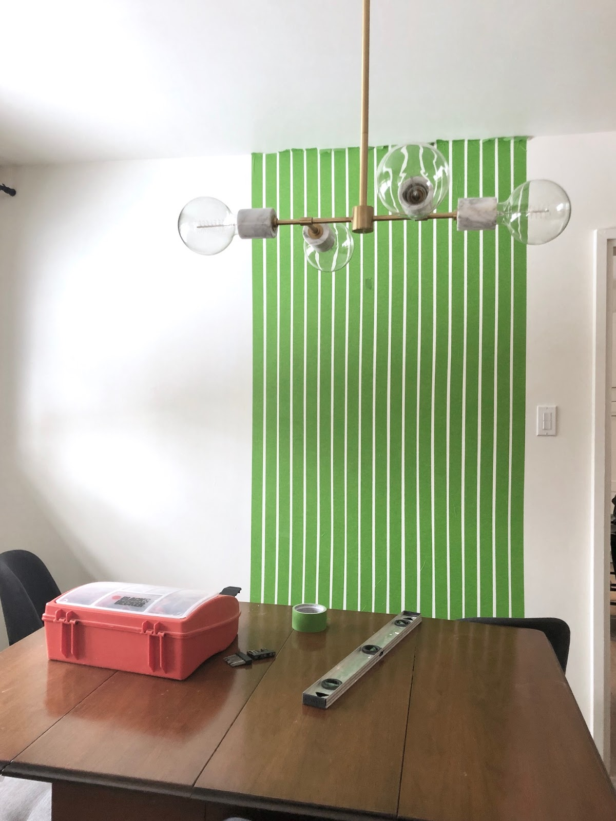 wall treatment thin stripes