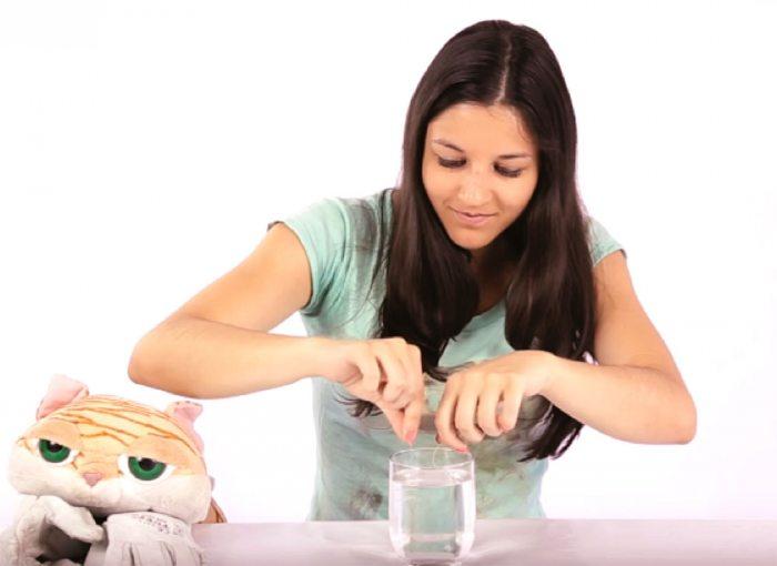 Cómo pescar un hielo  Experimentos fáciles