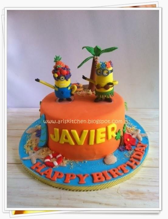 D Angel Cakes Hawaiian Minions Theme