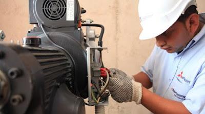 La mitad de los que trabajan como técnicos en el Perú no estudiaron una carrera técnica según Sineace