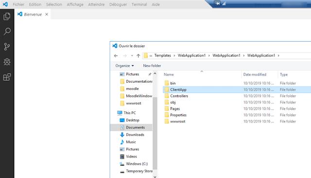 Dans Visual Studio Code ouvrir le bon répertoire ClientApp
