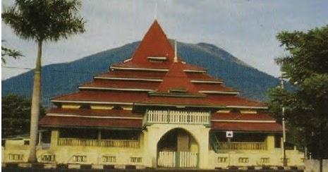 Sejarah Kerajaan Ternate & Tidore : Kehidupan Politik ...