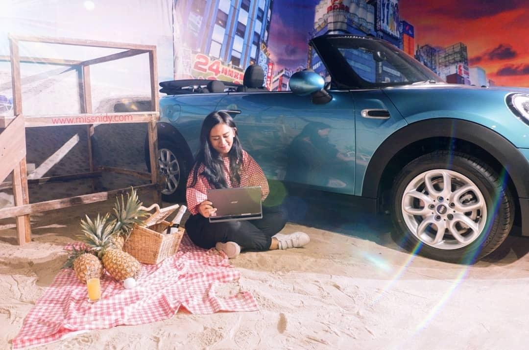 kolaborasi acer switch dan mini cabrio