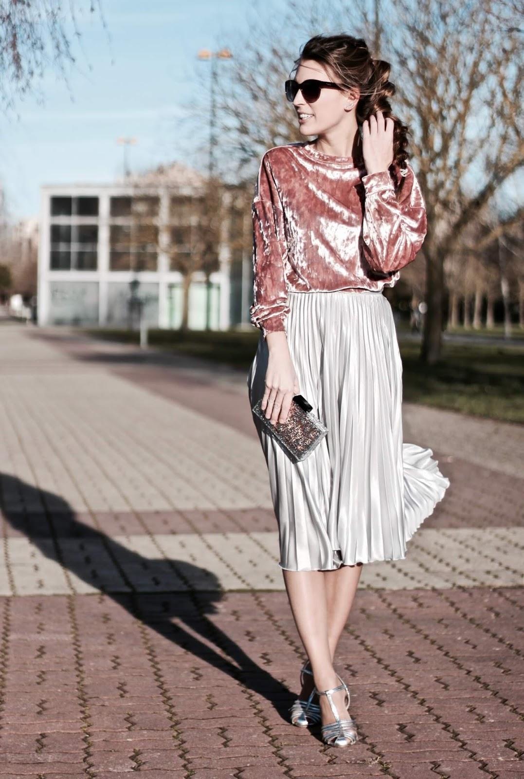 falda midi con jersey corto