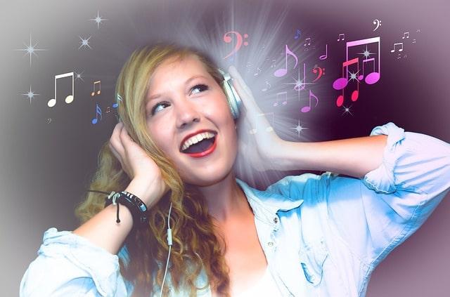 10 Aplikasi Karaoke Android Terbaik dan Terlengkap, Asah Vokalmu