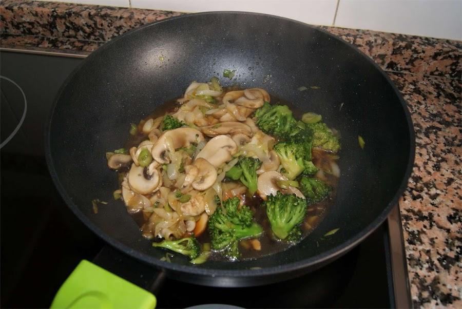 fideos de aroz con verduras paso 4