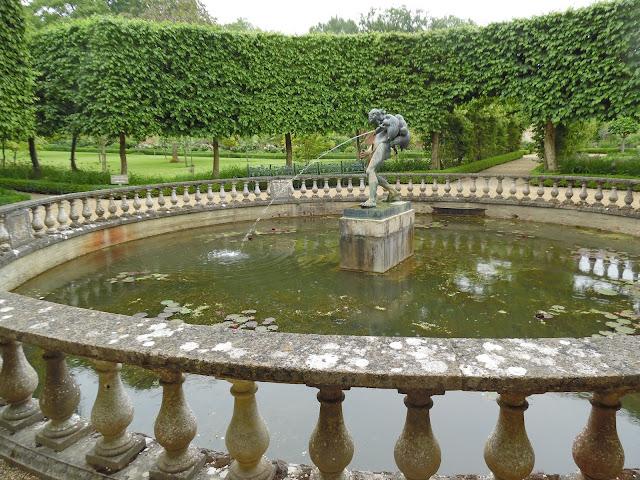 sadzawka w Walled Garden