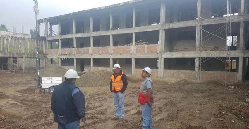 PRONIED entrega terreno para culminar construcción de colegio César Vallejo en Santiago de Chuco - La Libertad - www.pronied.gob.pe