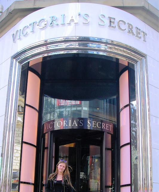 shoppa med tonåring i New York