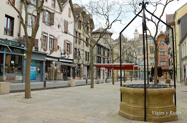 Troyes-Rue-Urbain-IV