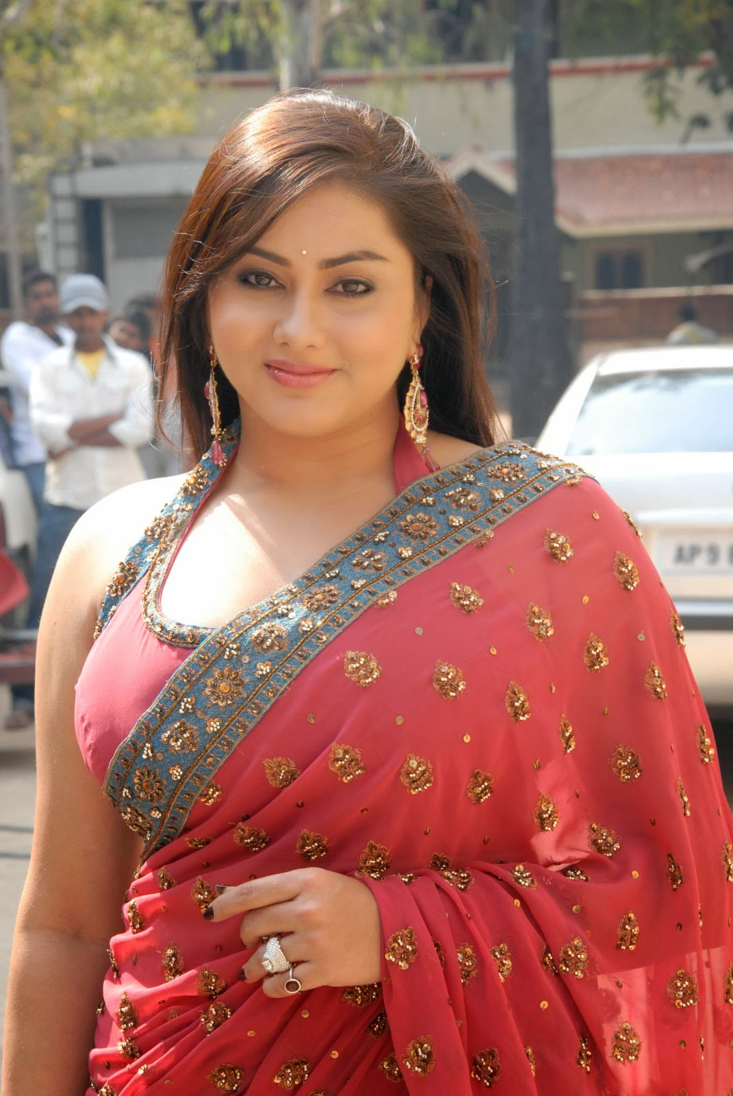 Actress In Red Saree: Hot South Indian Actress Namitha Kapoor Spicy Pictures