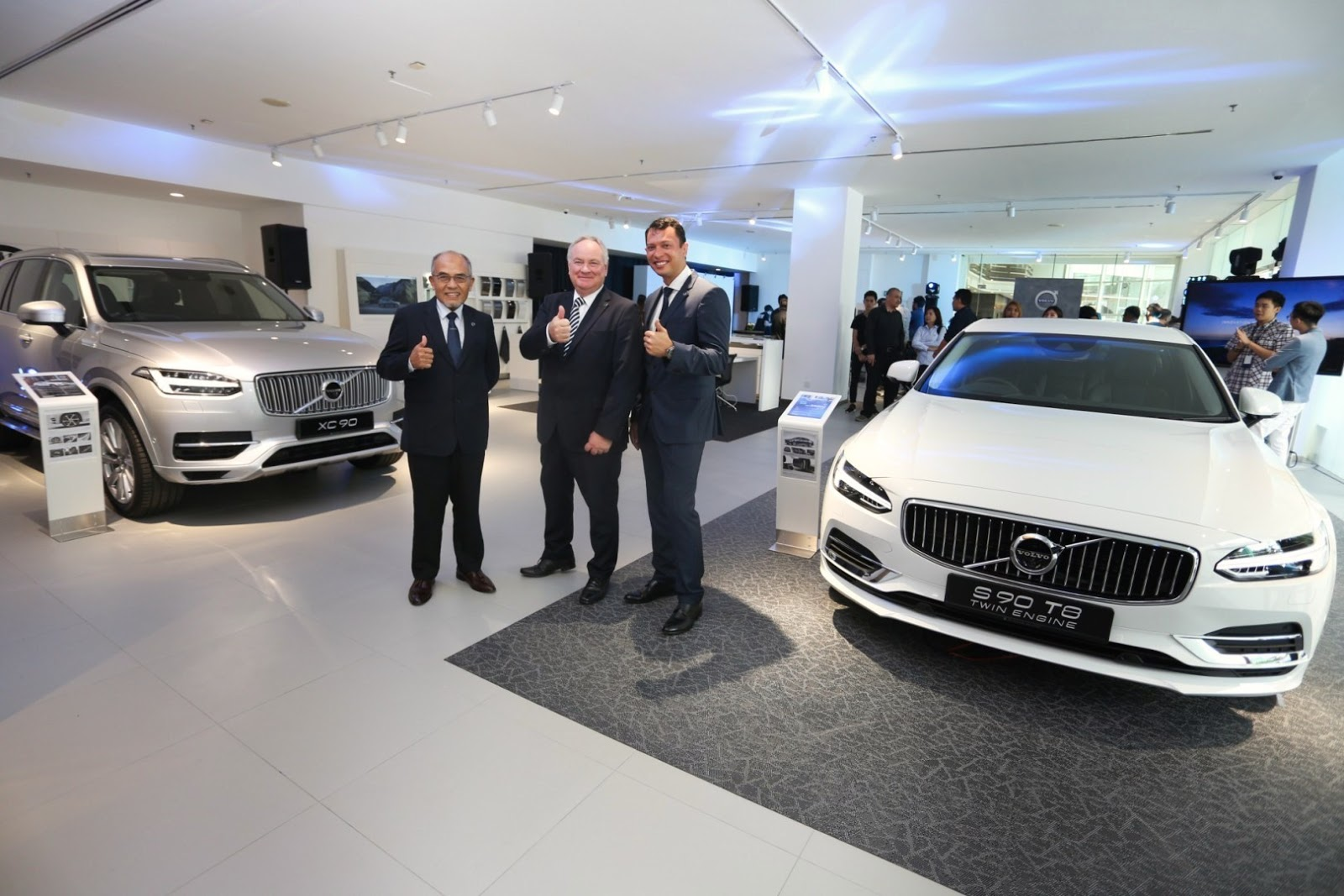 Motoring Malaysia Sisma Auto Opens The Newest Volvo Car Showroom In