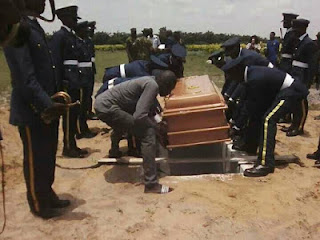 See Burial Photos Of Airforce Officer Killed By Her Jealous Lover As She Buried Amidst Tears In Lagos (Photos) 1