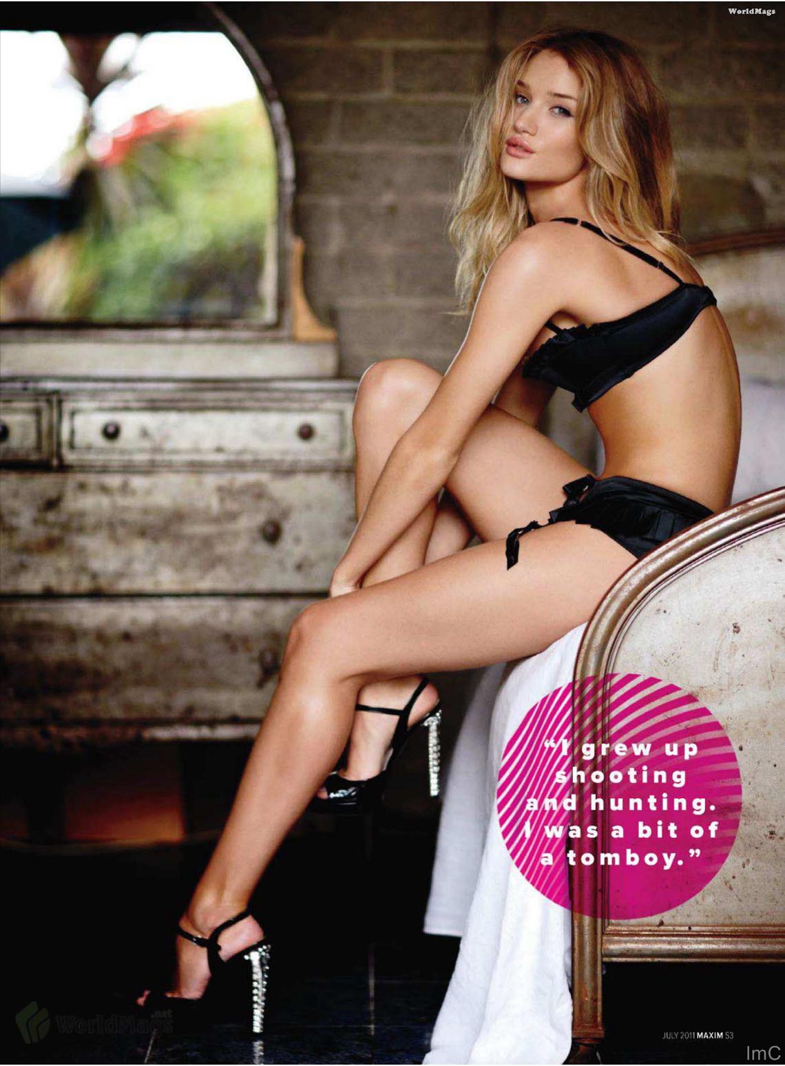 Abstract Wallpaper Rosie Huntington-Whiteley Sexy For Maxim-4919