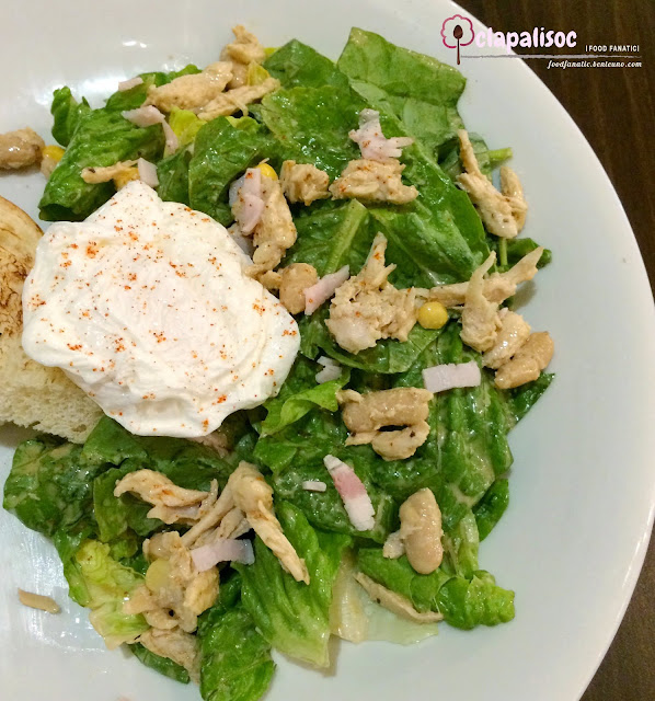 Pollo e L'uovo Salad from Italianni's Breakfast Menu PH