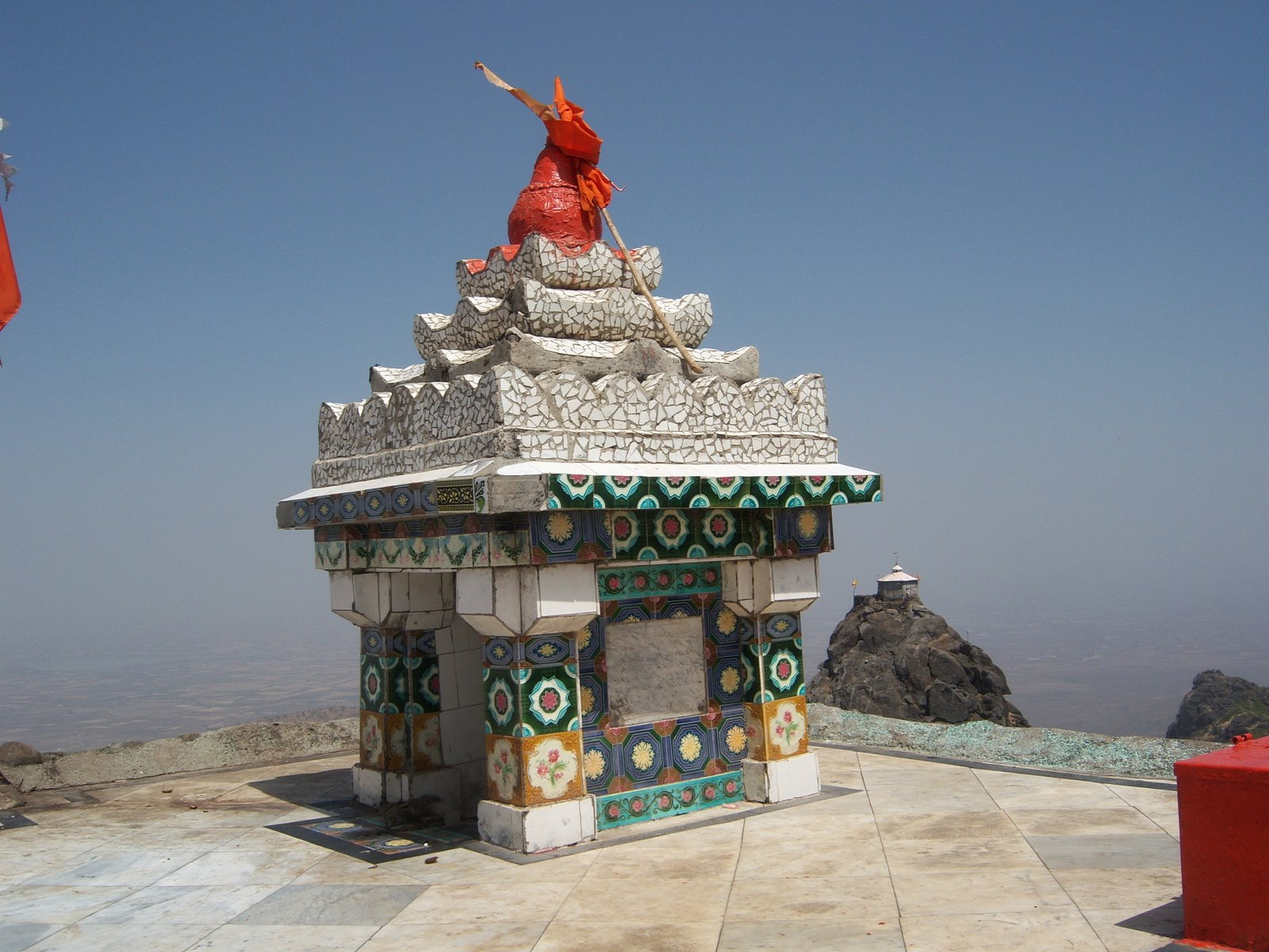 The temple mandir stone temple indian temple hindu for Wallpapers for house wall in india
