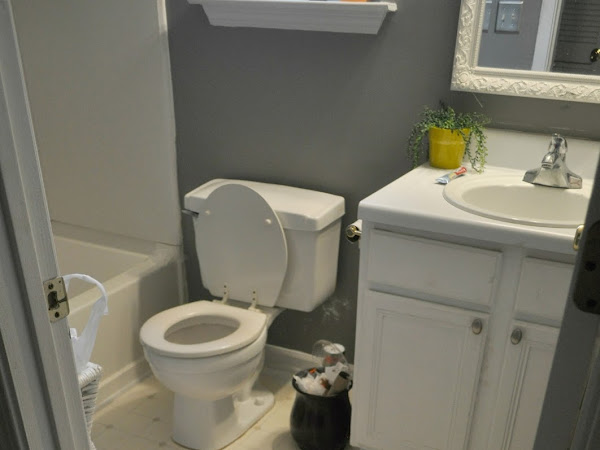 Guest Bathroom Update # 1: A Painted Vanity and Wall Color