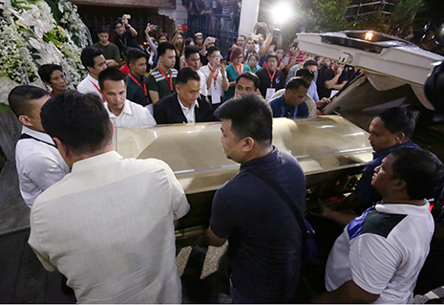 Duterte pays tribute to Santiago