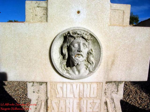 negron-vallanca-valencia-cementerio-cruz-cristo