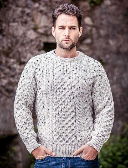 look masculino com suéter de tricô