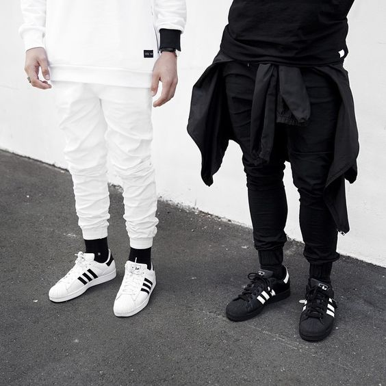 Look masculino preto e branco Adidas superstar