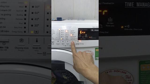 Sửa Máy giặt Electrolux lỗi EC4