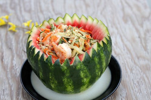 Bật mí những món ăn giảm cân hiệu quả từ vỏ dưa hấu