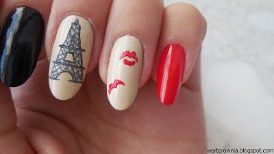 Jak namalować całusa na paznokciach?