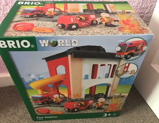 BRIO Fire Station in box