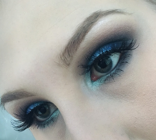 Blue Makeup look – Sininen Silmämeikki