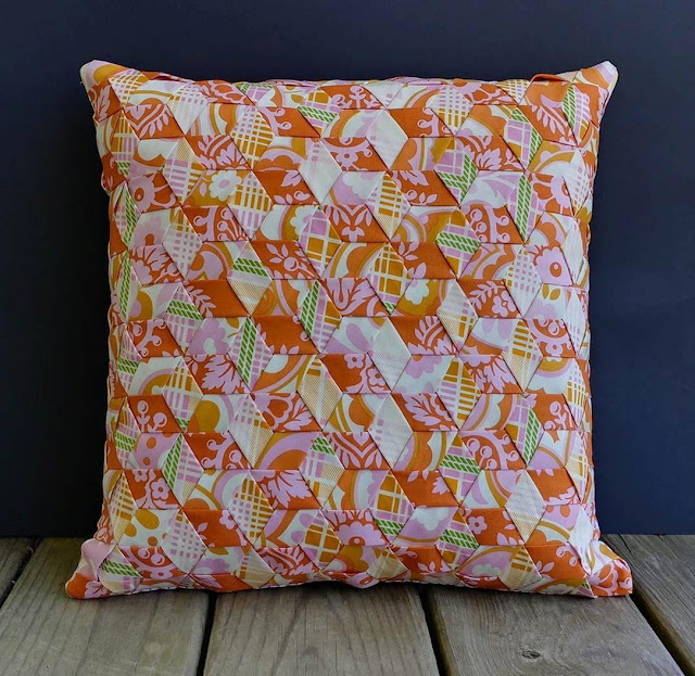 Fabric weaving pillow for class at Crinklelove