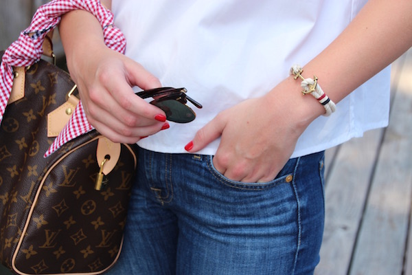 Gimme Glamour. Louis Vuitton Speedy 25, gingham scarf, KJP bracelet, Ray Ban Clubmasters