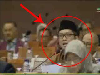 Merinding!! DPR Geram dan Semprot Presiden dan Kapolri Terkait Penodaan Bendera