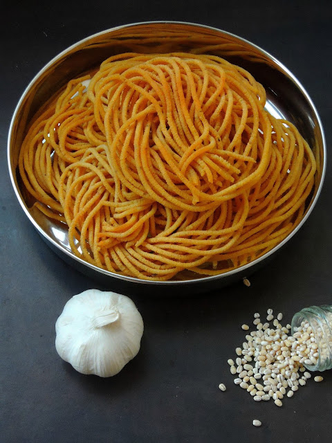 Garlic Barley Sev, Garlic Sev