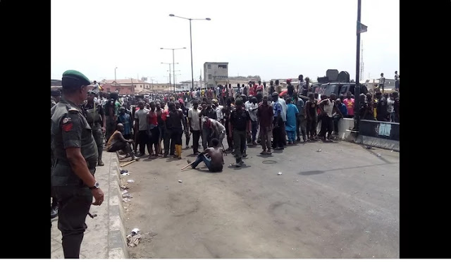 Riot in Mile 12 Lagos, 6 killed, shooting still ongoing 2
