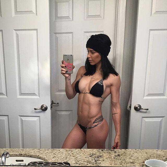 Fitness Model Bella Falconi Instagram photos