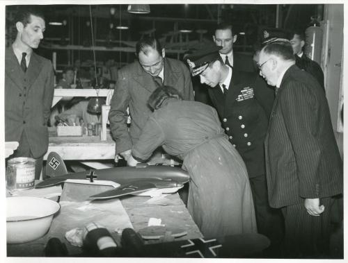 King George VI at Merton 10 June 1941 worldwartwo.filminspector.com