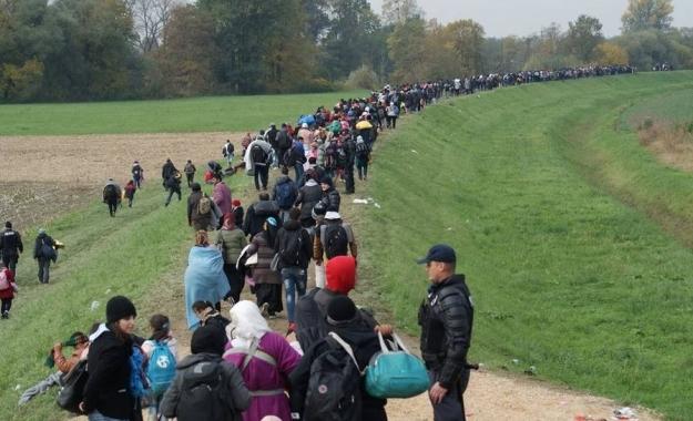 Η Αυστρία είναι έτοιμη να αναπτύξει τον στρατό στα σύνορα με την Ιταλία, λόγω μεταναστών
