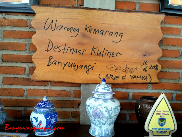 Wisata kuliner Waroeng Kemarang Banyuwangi.