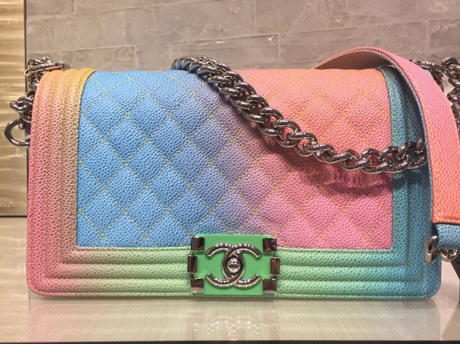 Apart From The Cruise Edition Chanel Has Boy In Other Colors Such As Blue Red And Green You Can Find More Information At Official