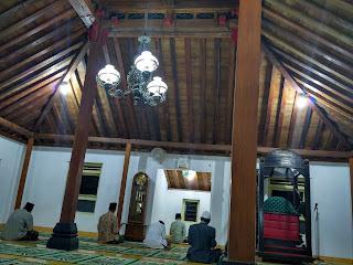 masjid pathok negoro plosokuning minomartani sleman