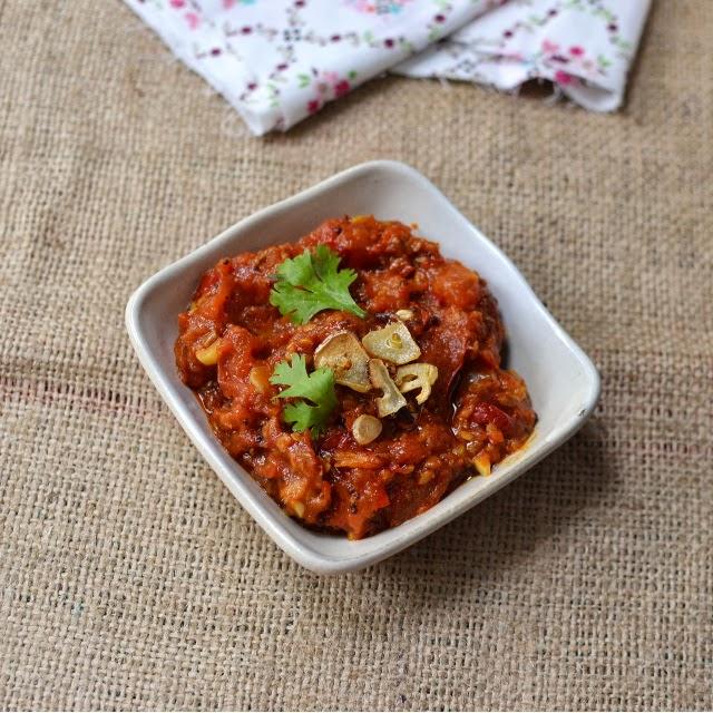 Cook's Hideout: Nepali Tomato Chutney (Tomato Achar