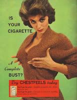 retro kippengimms: vollbusige raucherin