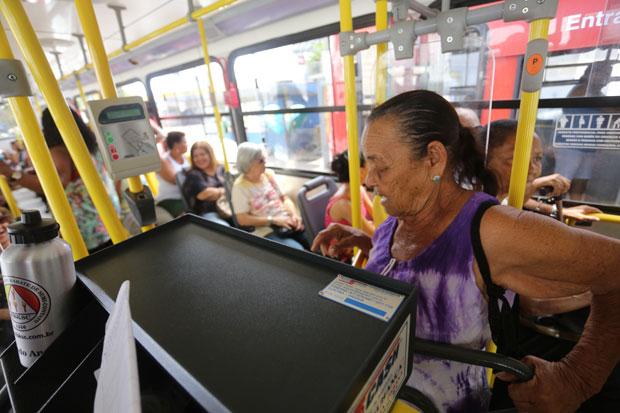 Idosos ganham direito à gratuidade em todos os assentos no transporte público