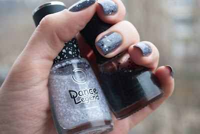 Basic nagellack & Nubar Black Polka dots & Dance Legend Dotty Top
