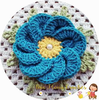 Flor de crochê Bergamota para aplicação em tapete de barbante