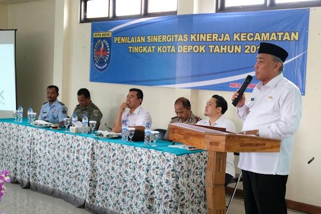 Walikota Minta Camat Cilodong Perhatian Terhadap Dokumen