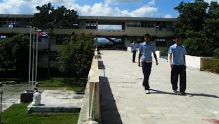 alumnos sarahauis en Cuba