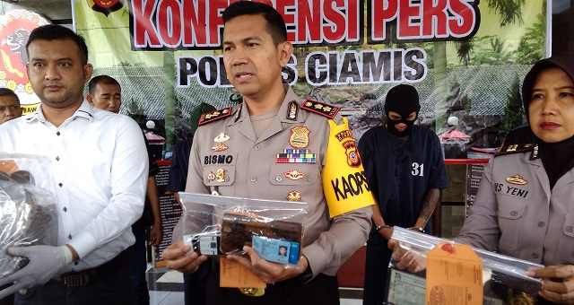 Polres Ciamis Ungkap Kasus Mayat Terkubur di Pasir Pantai Pangandaran
